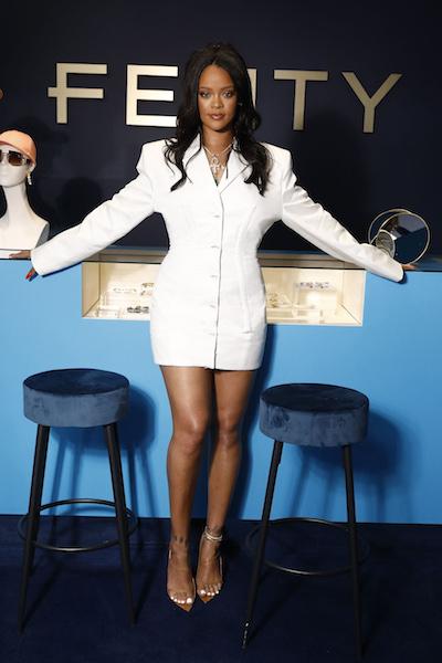 ラグジュアリーメゾン「FENTY」を立ち上げたリアーナ。ブランドを代表するビッグショルダーのジャケットをまとって。Photo:GettyImages