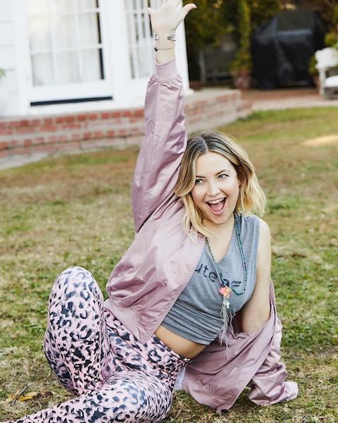 月曜日は、女優ケイト・ハドソンの「#MotivationMonday(モチベーションを高める月曜日)」を真似て、トレーニングウェアに着替えて外に出よう。Photo:Instagram@katehudson
