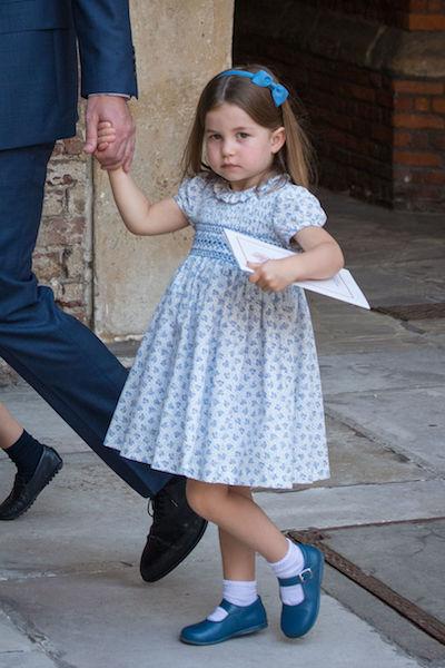 弟ルイ王子の洗礼式に出席したシャーロット王女のヘアスタイルが話題に。Photo:Getty Images