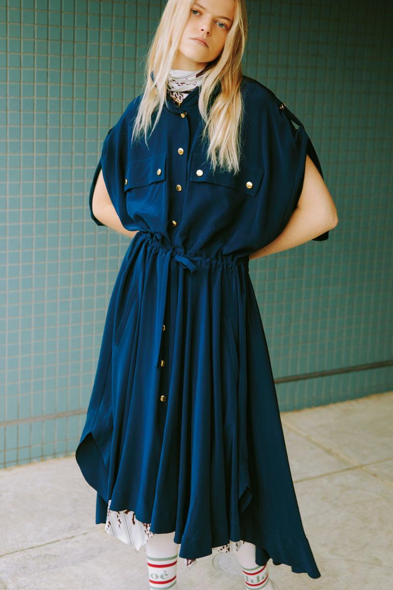 クロエのシルクドレス