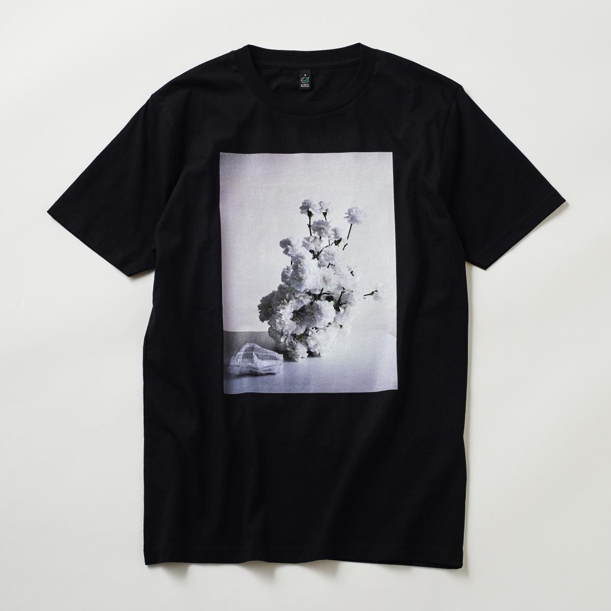 ブラック&ホワイトのフラワーアレンジメント【フーラ】