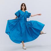 サマーカラーのドレス