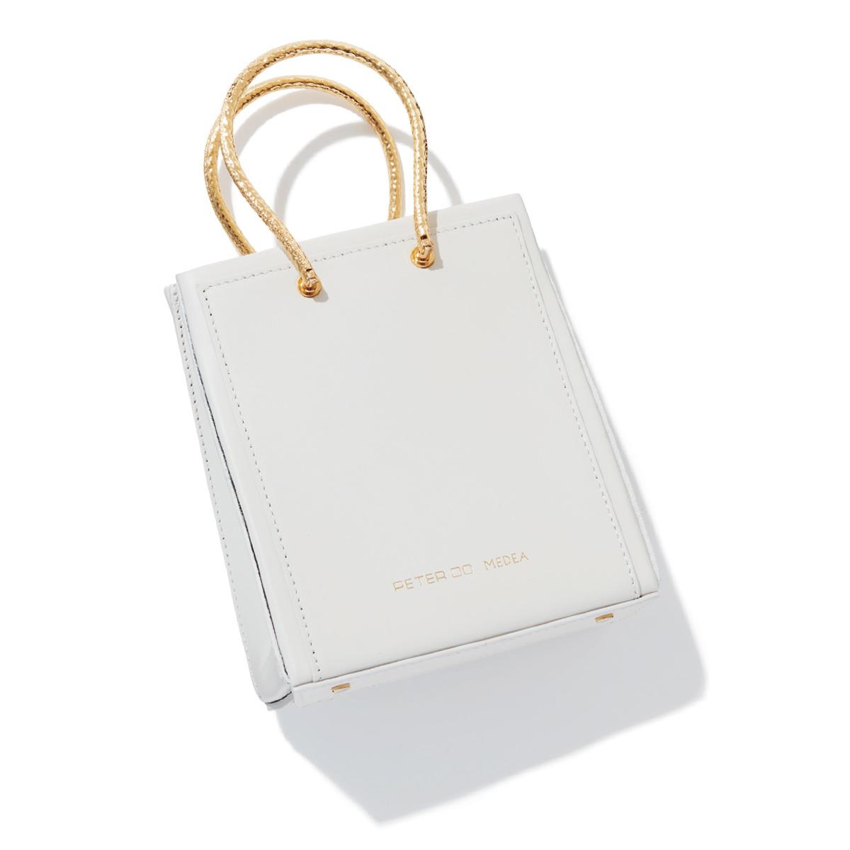 3.ブランド初のコラボバッグ