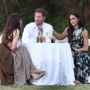 結婚も近い!? ハリー王子、恋人との手つなぎ場面が初めて報道される!