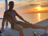 「僕と絶景、どちらを選ぶ?」。クリスティアーノ・ロナウド、ファンに究極の選択を迫る!