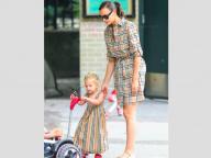 イリーナ・シェイク&美人娘の親子ルックがおしゃれすぎ!と話題沸騰! ケイト・モスの年下恋人が取り押さえられた事件、クリロナの超BIGなチップ額など、今週の仰天ニュースをチェック
