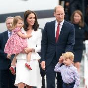 キャサリン妃の最新ルック7選を公開! 英ロイヤルファミリーのポーランド&ドイツ公式訪問