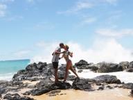 ハワイでバカンス中のビヨンセ。不仲説から一転、夫婦円満ぶりをアピール!