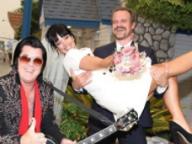 リリー・アレンが再婚! ロマコメ映画さながらのポップな挙式に世界中がほっこり
