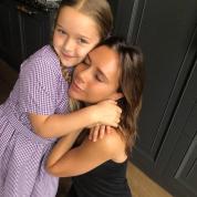 ヴィクトリア・ベッカム、娘ハーパーちゃんに毎朝欠かさず伝える言葉を明かし、感動を呼ぶ!