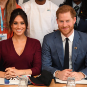 「クリスマスはメーガン妃の母と」。ヘンリー王子夫妻の発表に批判が集中! 英王室との確執がヒートアップ?