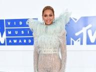 MTVビデオ・ミュージック・アワード開催!人気アーティストたちの豪華ドレススタイルをキャッチ