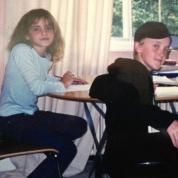 エマ・ワトソンと恋の噂が絶えないトム・フェルトン、『ハリー・ポッター』制作中の仲良し秘蔵写真を公開