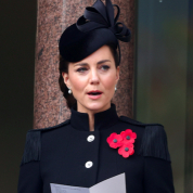 英王室、ヘンリー王子の献花を却下! キャサリン妃らロイヤルファミリーが戦没者追悼式典に出席