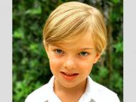 スウェーデンのニコラス王子がますます美形に!5歳の誕生日を記念し、母マデレーン王女が最新ポートレートを公開