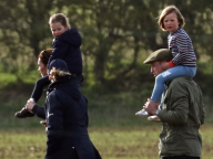 ジョージ王子&シャーロット王女の最新画像をキャッチ! はとこたちと馬術競技会へ