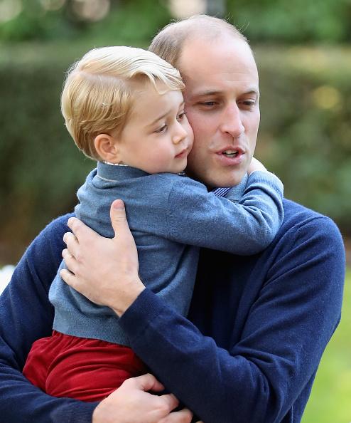 ウィリアム王子が告白! 母ダイアナ妃を「妻と子どもたちに、会