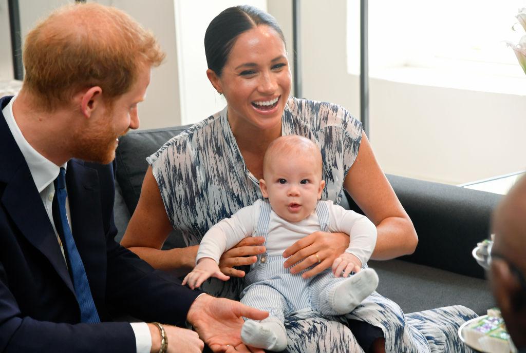 アーチーくんとの公務が嬉しいようで、メーガン妃&ヘンリー王子も終始笑顔!