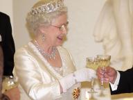材料はエリザベス女王の庭園から! 英王室プロデュースの新作リキュールが即完売に