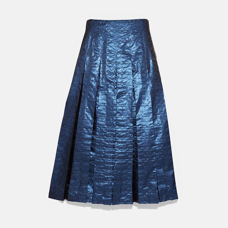 シックな光沢感が美しいスカート【コーチ】