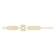 まろやかなパールと華やかなゴールドチェーンのマリアージュ。シャネルの「レ ペルル ドゥ シャネル」コレクション。