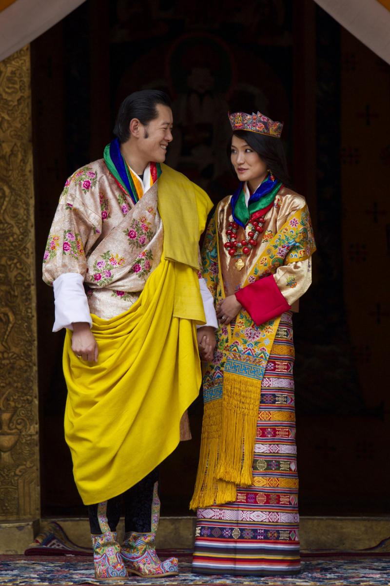 ブータンの国王になってから12周年を迎えたジグミ・ケサル・ナムゲル・ワンチュク国王と妻のジェツン・ペマ王妃。