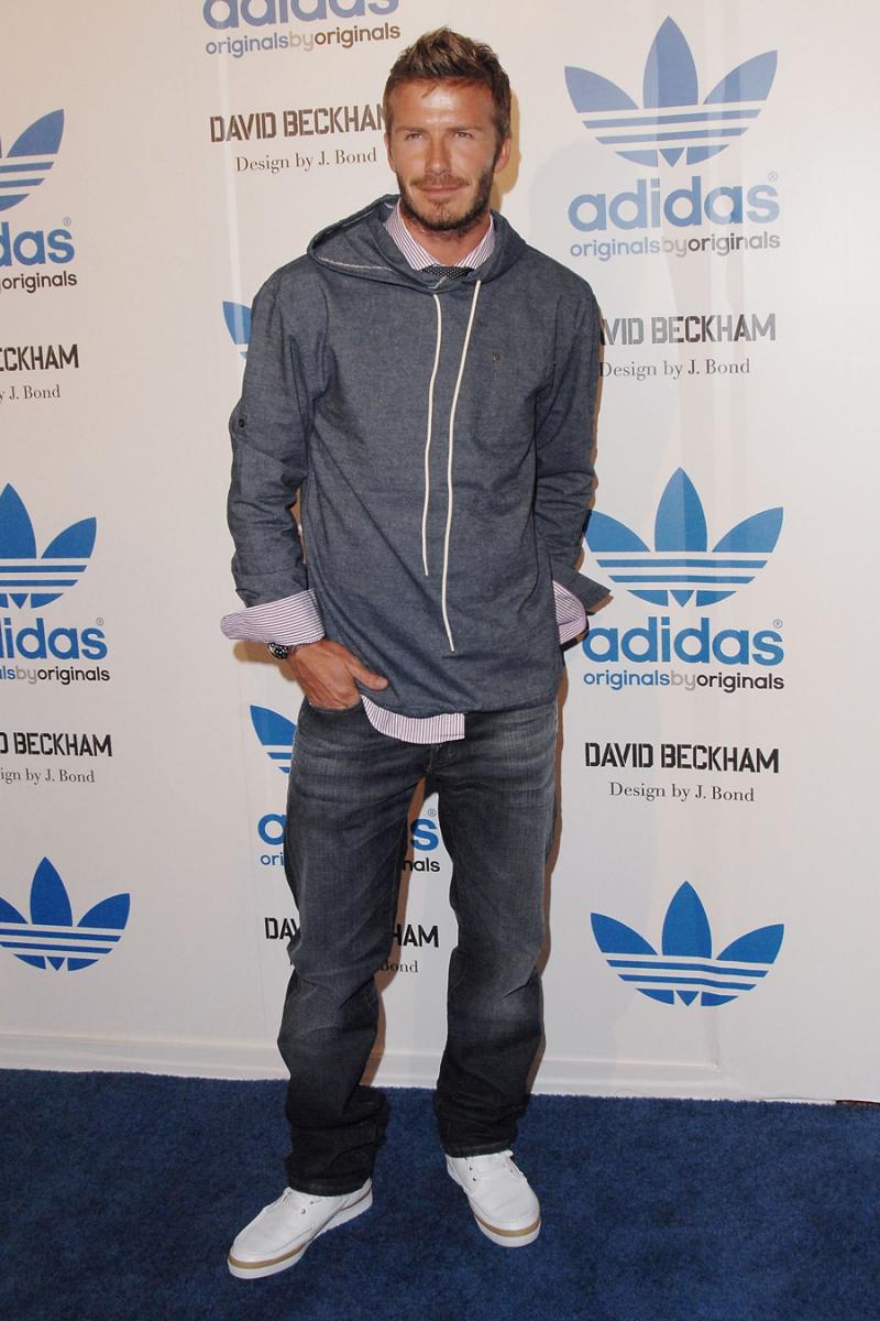 2009年9月、ロサンゼルスで行われたアディダスのイベントでは、シャツにフーディを重ねたポップなスタイルを披露。洗練された大人のスタイルが徐々に確立されてきている。