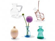 バディの生活を彩る花器、ときどき花