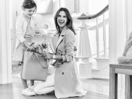 モデルのアレッサンドラ・Aが実娘と登場する母の日キャンペ―ン