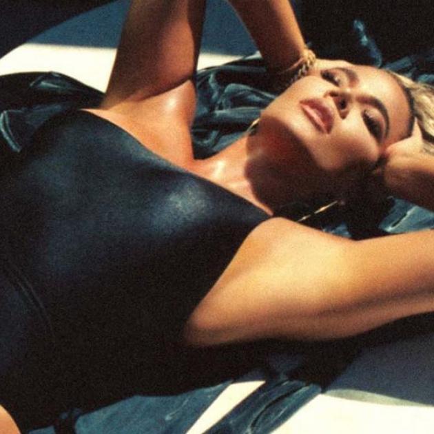 ギャラリー・画像・写真 | 「リベンジ・ボディ」がさらに進化! クロエ・カーダシアン、息を飲むビキニボディを披露