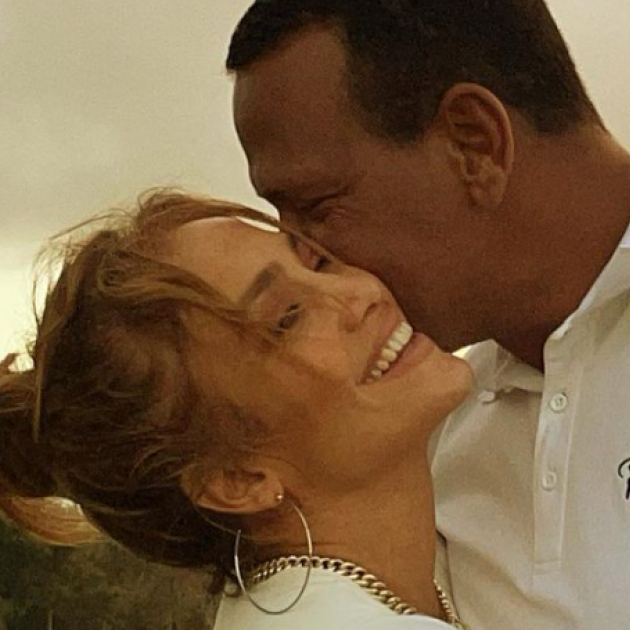 ジェニファー・ロペスが婚約破棄を発表! 浮気を疑われるアレックス・ロドリゲスは復縁を切望
