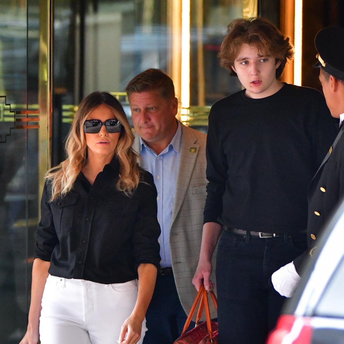 超セレブ校に入学したトランプ前米大統領の息子、母とのツーショットが「ますます大人になった!」と話題沸騰