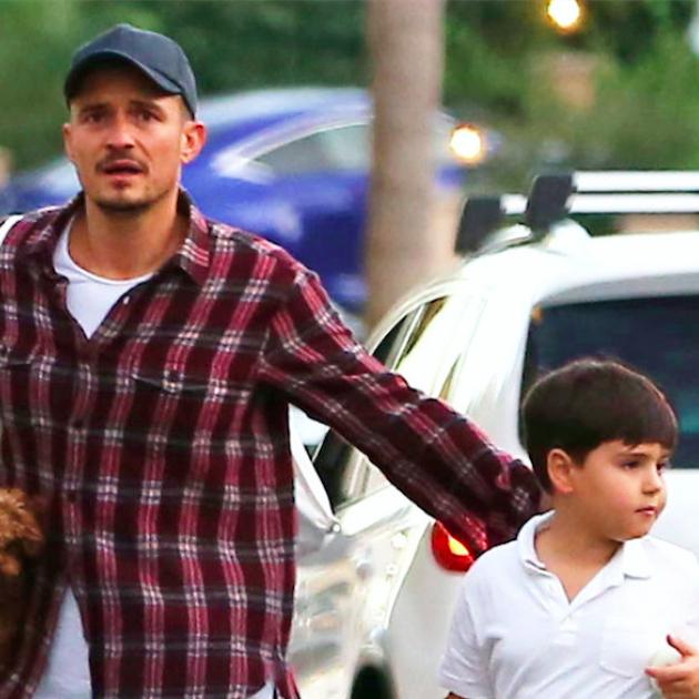 オーランド・ブルーム、愛犬との休日に批判が殺到! ハル・ベリー52歳のセクシーな巨大タトゥー、絶賛されたビキニボディまで