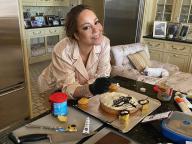 世界的ディーバ、マライア・キャリーが13歳年下の恋人のためにバースデーケーキを手作り!