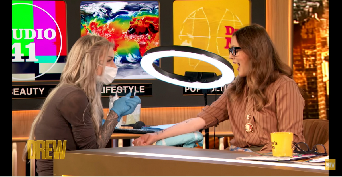 Photo:YouTube(The Drew Barrymore Show)