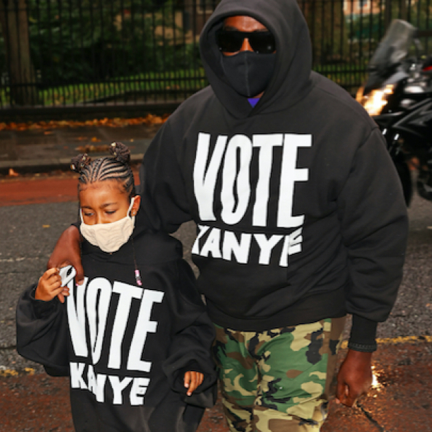 大統領選は諦めていなかった? カニエ・ウェスト、娘ノースと「カニエに一票を」パーカを着てデート