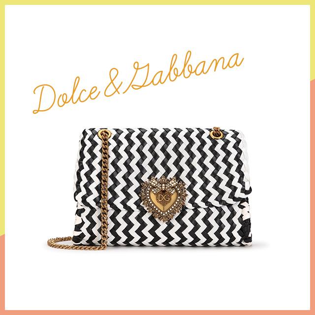 優美なデザインがスタイリングを盛り上げて【Dolce&Gabbana】
