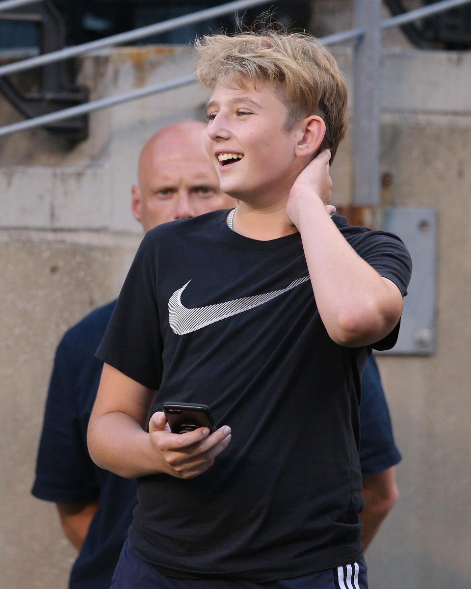 【2019年7月26日】爽やかな笑顔でサッカー観戦中