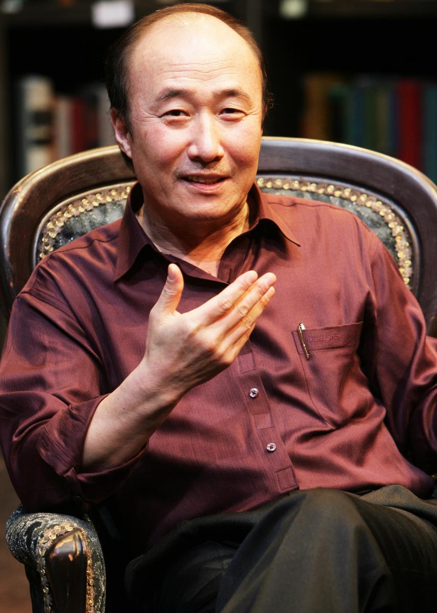 ユン・ジュサン(72)/主演ドラマ『オーケー、グァン姉妹』が話題に