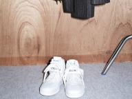 【フラットシューズ】歩きやすさとファッション性を両立