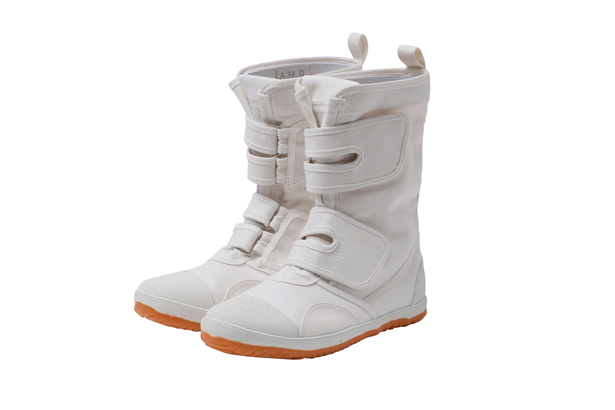 canvas high cut safety boots(22.5〜26.5cm ※記載サイズよりも1cmほど大きめの履き心地)¥16,000/ビューティフルピープル