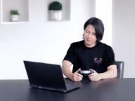 山下智久が動画に出演! オニツカタイガーがeスポーツ世界大会の公式ユニフォームを制作