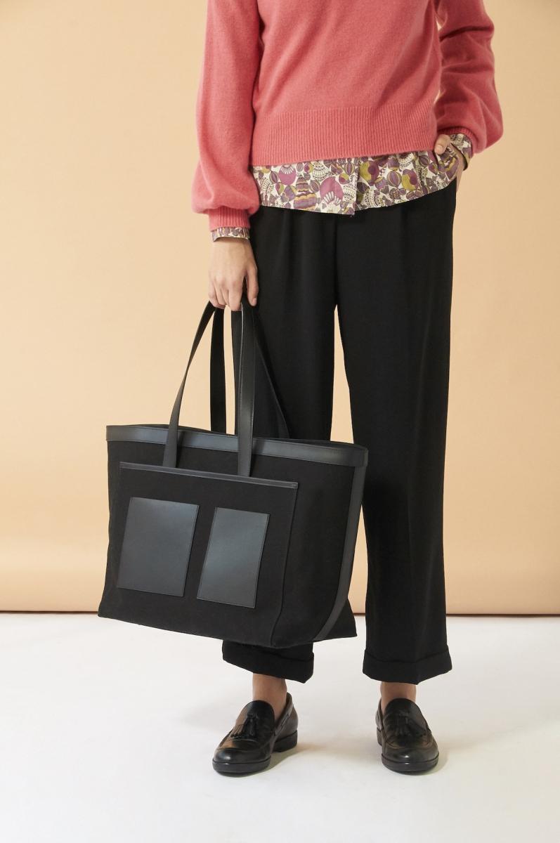 Rylie Bag(H32×W39×D20cm)¥38,000/サザビーリーグ(デミリー×オーエーディー ニューヨーク)