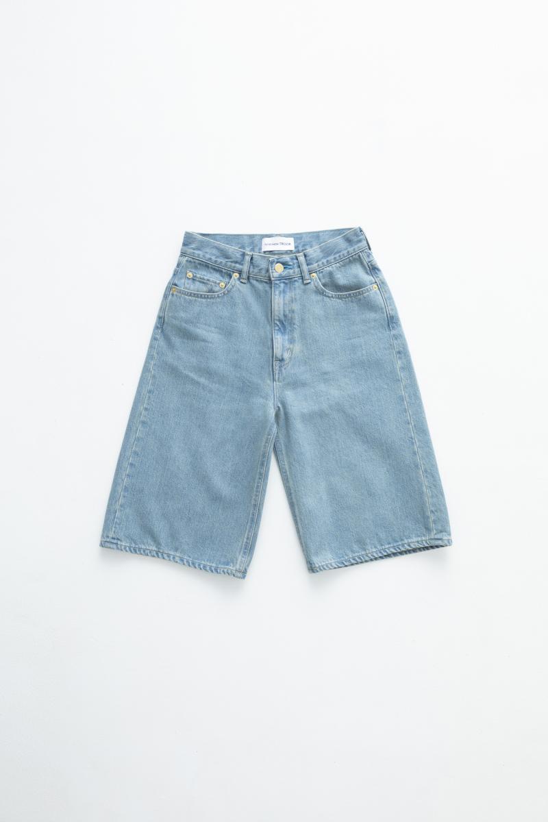 The Turquoise Jean Short Solid 7year ¥33,000/エドストローム オフィス(トゥ エ モン トレゾア)