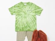 7/30 コンフォータブルなTシャツスタイルに、秋の気分を少し。