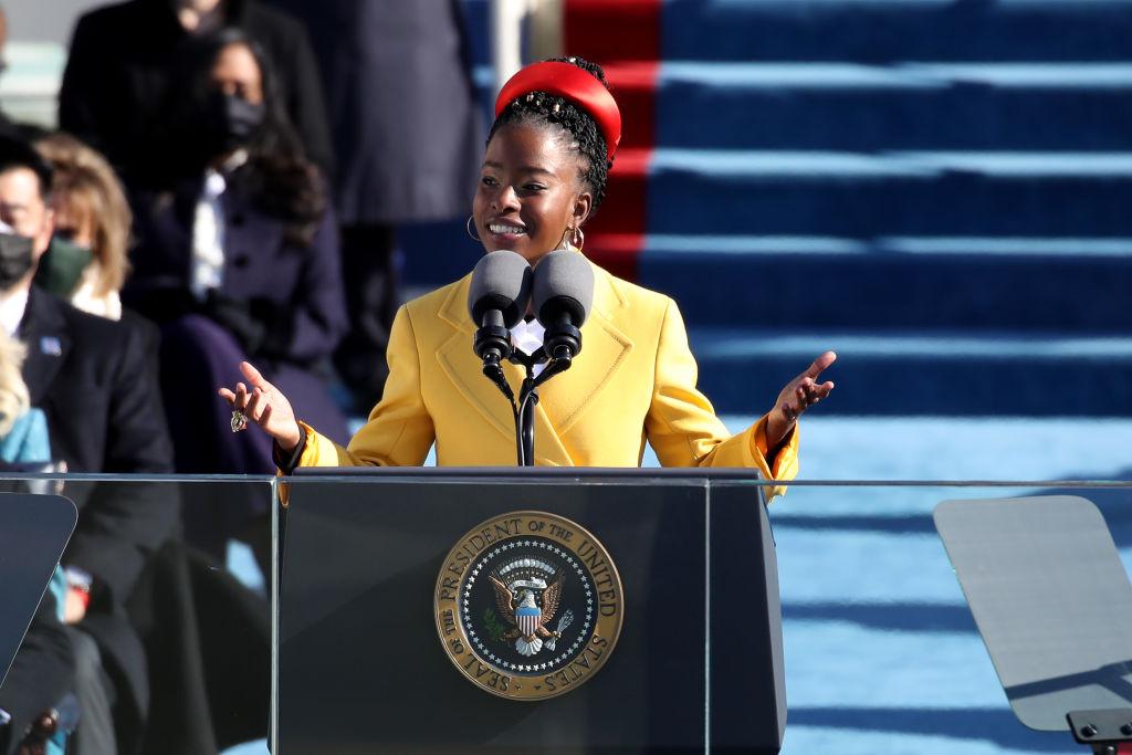 【アマンダ・ゴーマン】アメリカ大統領就任式で朗読した最年少の詩人として、世界が大注目