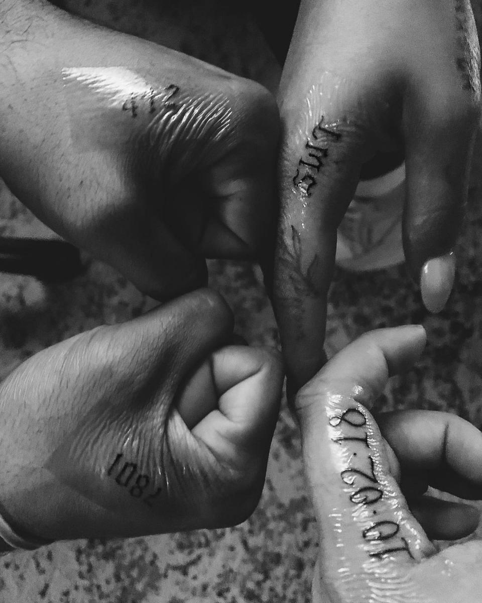 仲間との絆を深める友情タトゥー