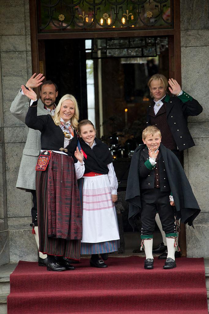 ノルウェーのホーコン王太子一家/波乱万丈な道を進み、その先には?