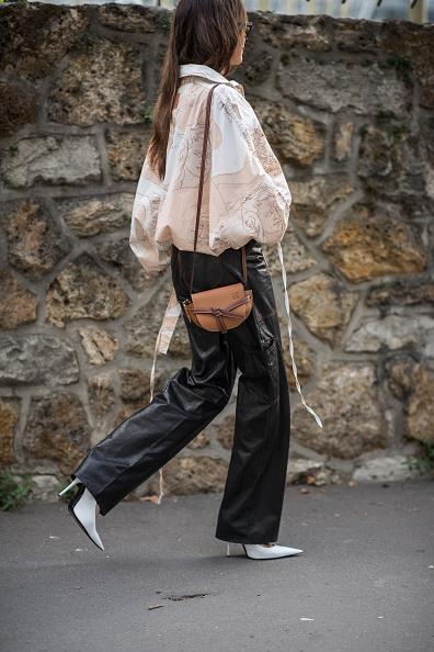 ロエベの人気バッグもマイクロミニサイズが気分!