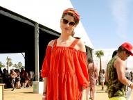 カリフォルニアの日差しのような、オレンジ色のドレス
